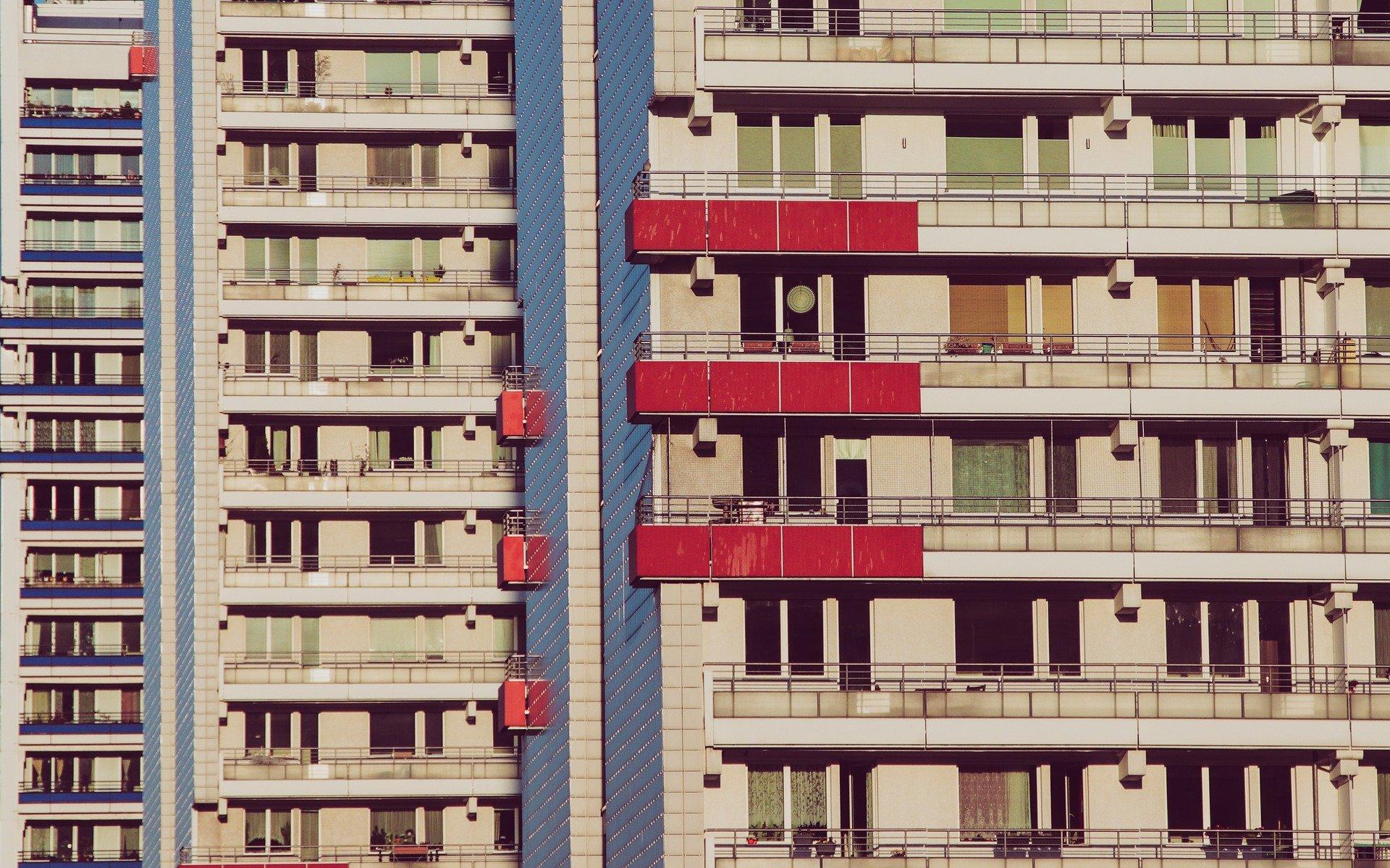 condomínios e serviços